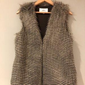 Faux Fur Vest sz S